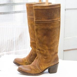 Brand new Frye boots!
